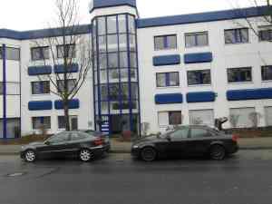 Versicherungsmakler Düsseldorf Sündker Bürogebäude